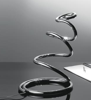 originelle Kobra Tischleuchte
