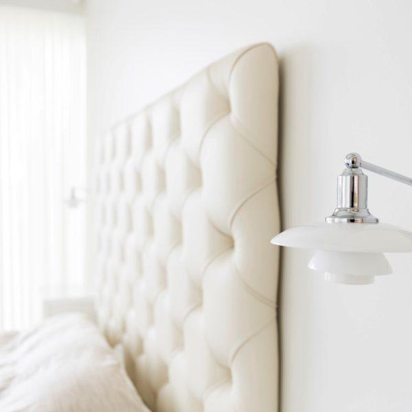 Exklusive Wandleuchte mit Schalter als Nachtischbeleuchtung