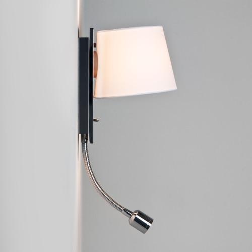Getrennt schaltbare Wandlampe mit Leselampe chrom