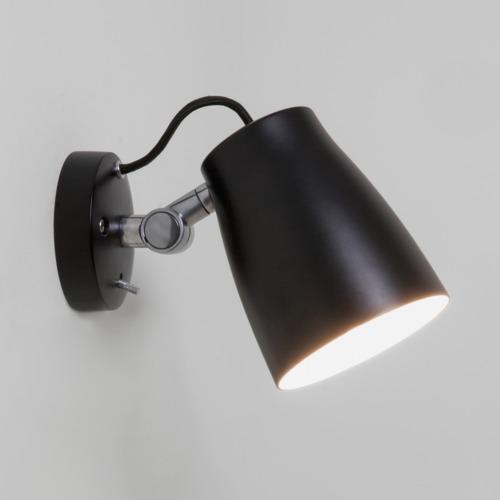schwarze atelier wandleuchte mit schalter im klassischem. Black Bedroom Furniture Sets. Home Design Ideas