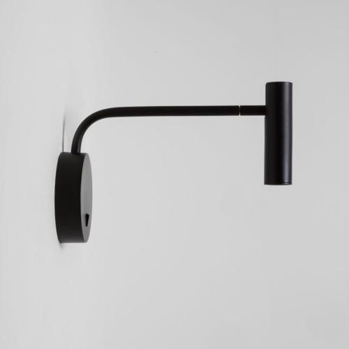 beweglicher schwarzer Wandspot mit Schalter