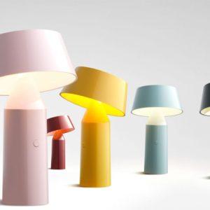 Farbige Tisch Leseleuchte mit Magnet