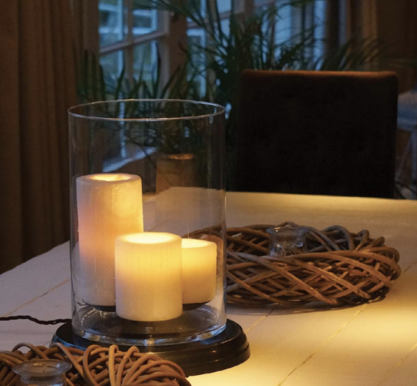 Harmonische Bodenleuchte Bronze rund Kerzenoptik